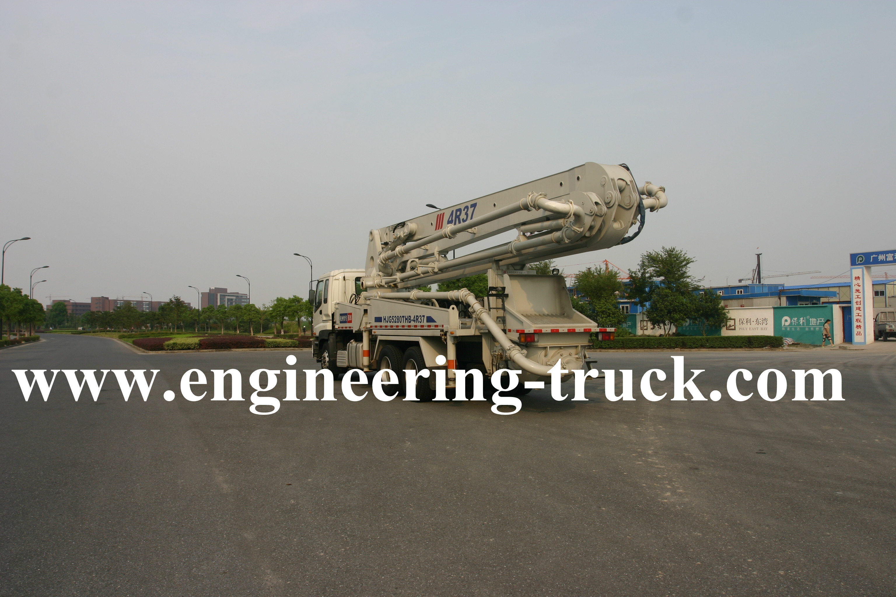 Benz chassis Truck-mounted Concrete 42m Pump
