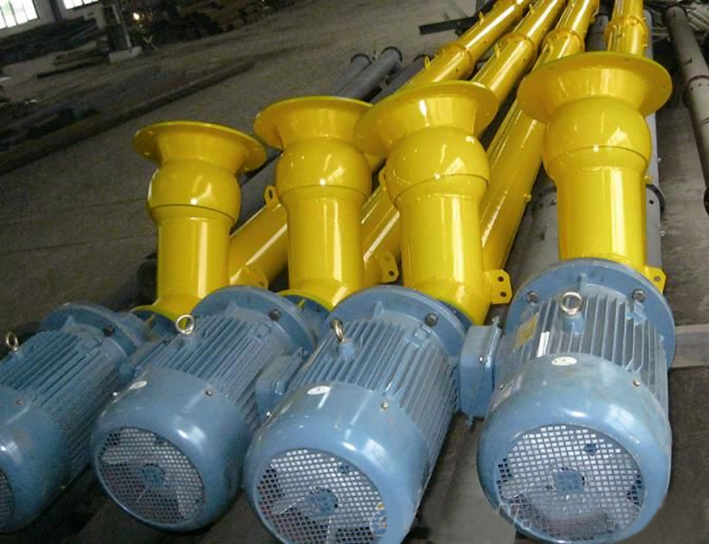 Cement screw conveyer